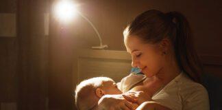 شیردهی شبانه به نوزاد