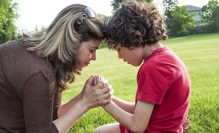تشویق فروتنی در کودکان