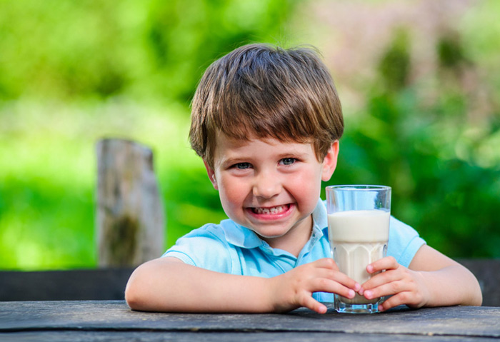 مواد مغذی شیر برای کودک