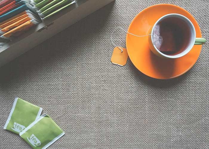 استفاده از چای برای رفع آفتاب سوختگی