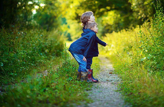 طبیعت گردی با کودک