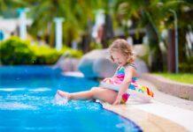 مراقبت از کودک در تابستان