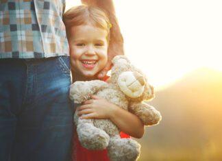 سرپرستی گرفتن کودک