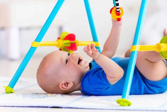 روش های سرگرم کردن نوزاد