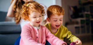 سرگرم کردن کودک در سنین مختلف