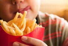 تغذیه مناسب نوجوانان