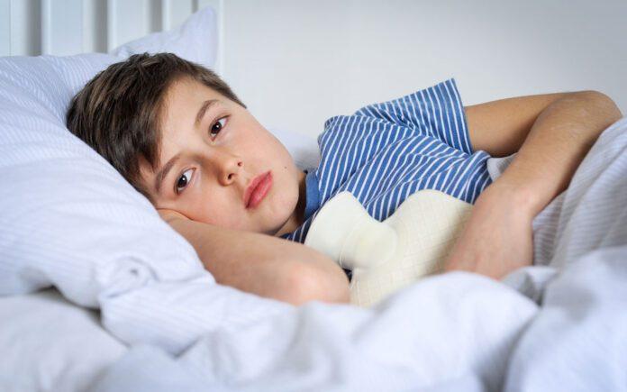 درمان استفراغ در کودکان
