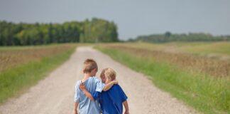 آموزش همدلی به کودکان