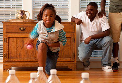 سرگرم کردن کودکان در خانه در دوران کرونا