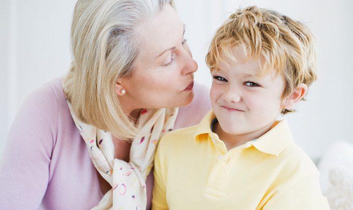 مشکلات رفتاری کودک در تماس اجباری