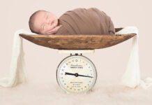 کاهش وزن نوزاد
