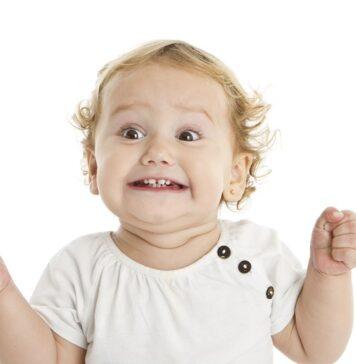 کودک هیجان زده